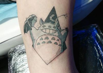Tatouage Totoro fait par Kevin