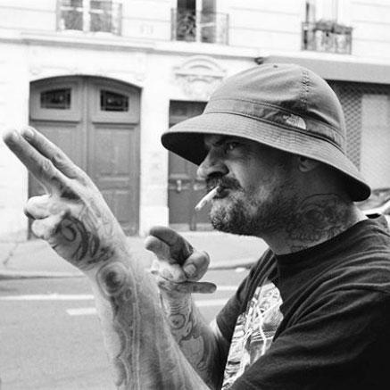 Beninglov La Cour Des Miracles Tatouage Tattoo Piercing Recouvrement Cover Toulouse Paris 4eme