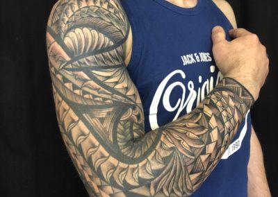 Brice La Cour Des Miracles Tatouage Tattoo Piercing Recouvrement Cover Toulouse Paris 4eme