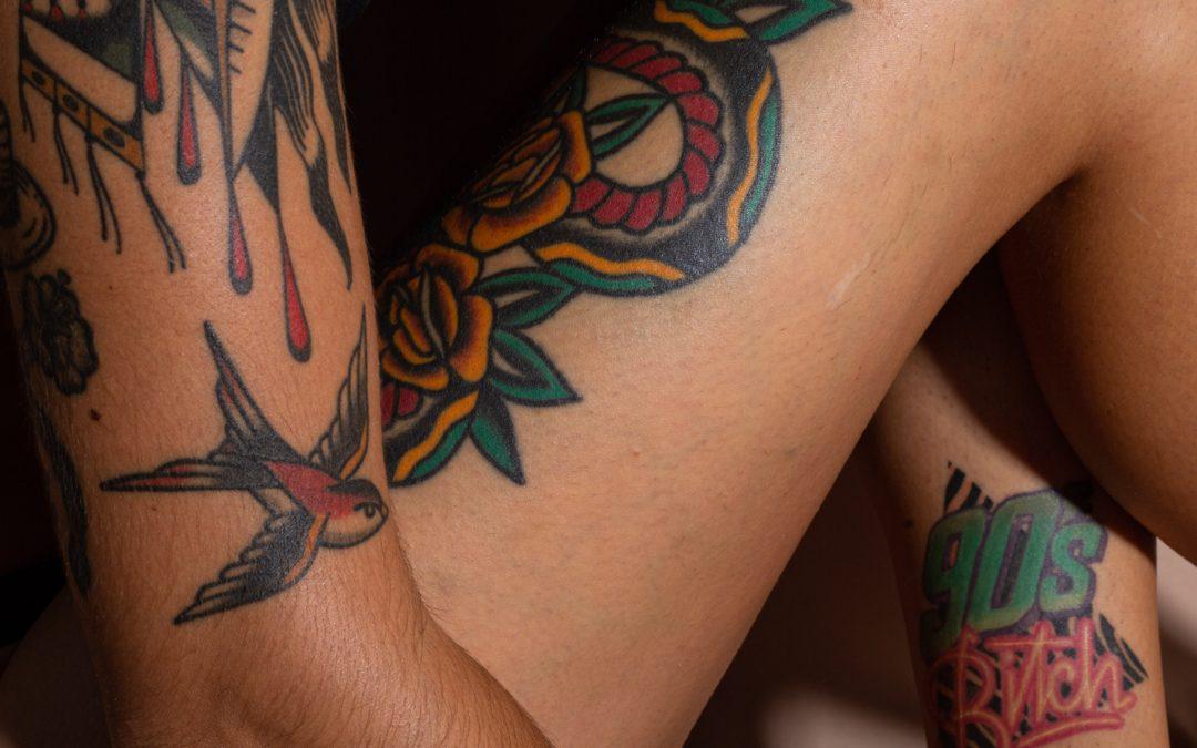 Les effets du soleil sur le tatouage